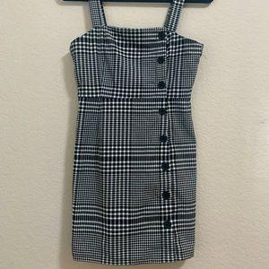 H&M black & white Plaid Dress w Buttons size Xs